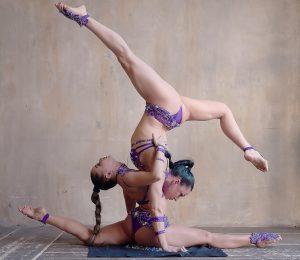 Акробатическое шоу на праздник