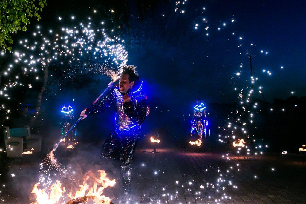 Световое огненное шоу Пульсар
