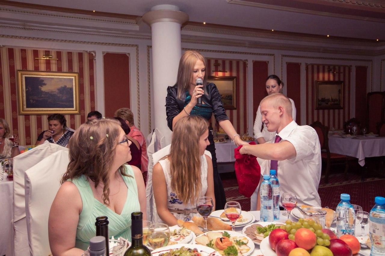 Екатерина Поющая ведущая на свадьбу