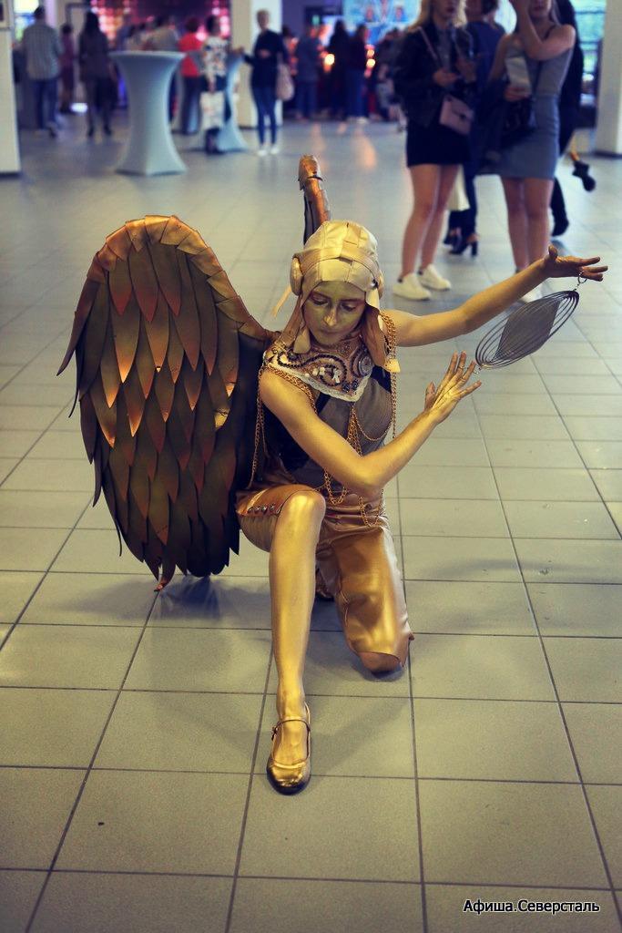 живые статуи золото москва